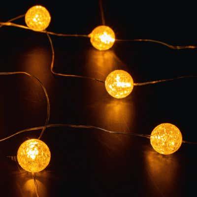 LED-Kugellichterkette mit warmweißem Licht, ca. 220cm