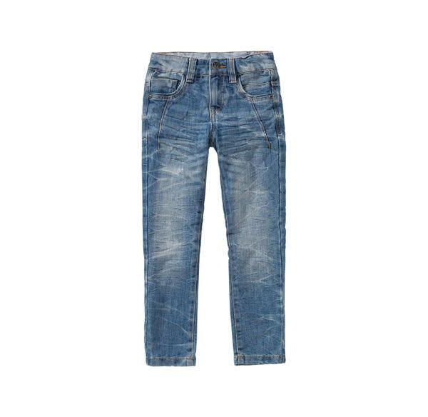 Jungen-Jeans mit coolen Waschungen