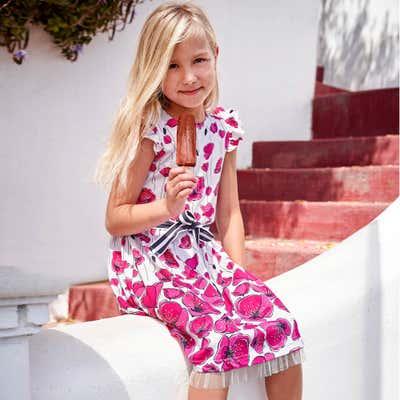 Kinder-Mädchen-Kleid mit wunderschönen Blumen