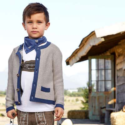 Kinder-Jungen-Strickjacke in toller Trachtenoptik