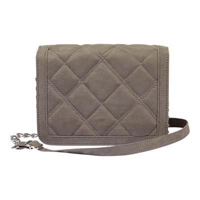 Damen-Handtasche mit schicken Ziernähten, ca. 20x22x7cm