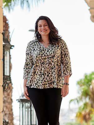 Damen-Bluse mit Leo-Muster, große Größen