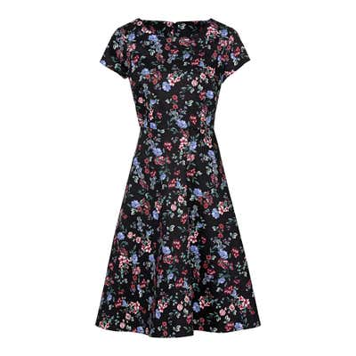 Damen-Kleid mit hübschem Blumenmuster