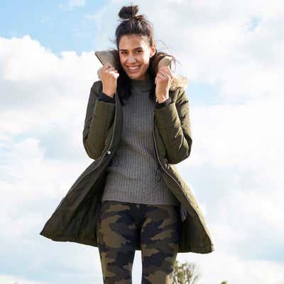Damen-Mantel mit Kapuze und Kunstfell
