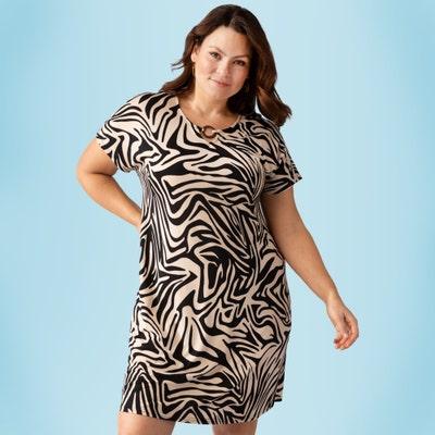 Damen-Kleid mit schönem Ausschnitt