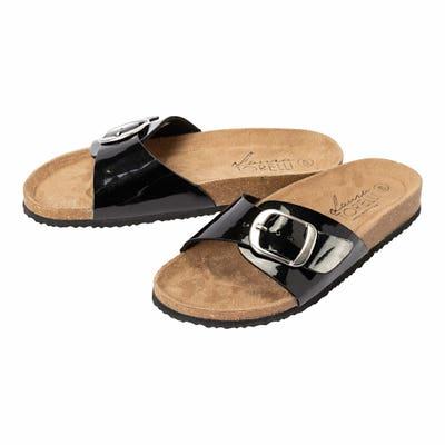 Damen-Schuhe mit großer Schnalle