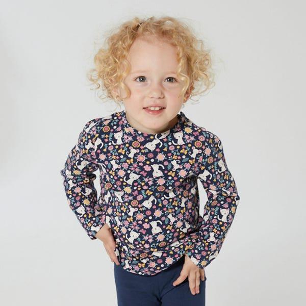 Baby-Mädchen-Shirt mit süßem Muster