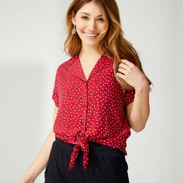 Damen-Bluse mit Herzmuster