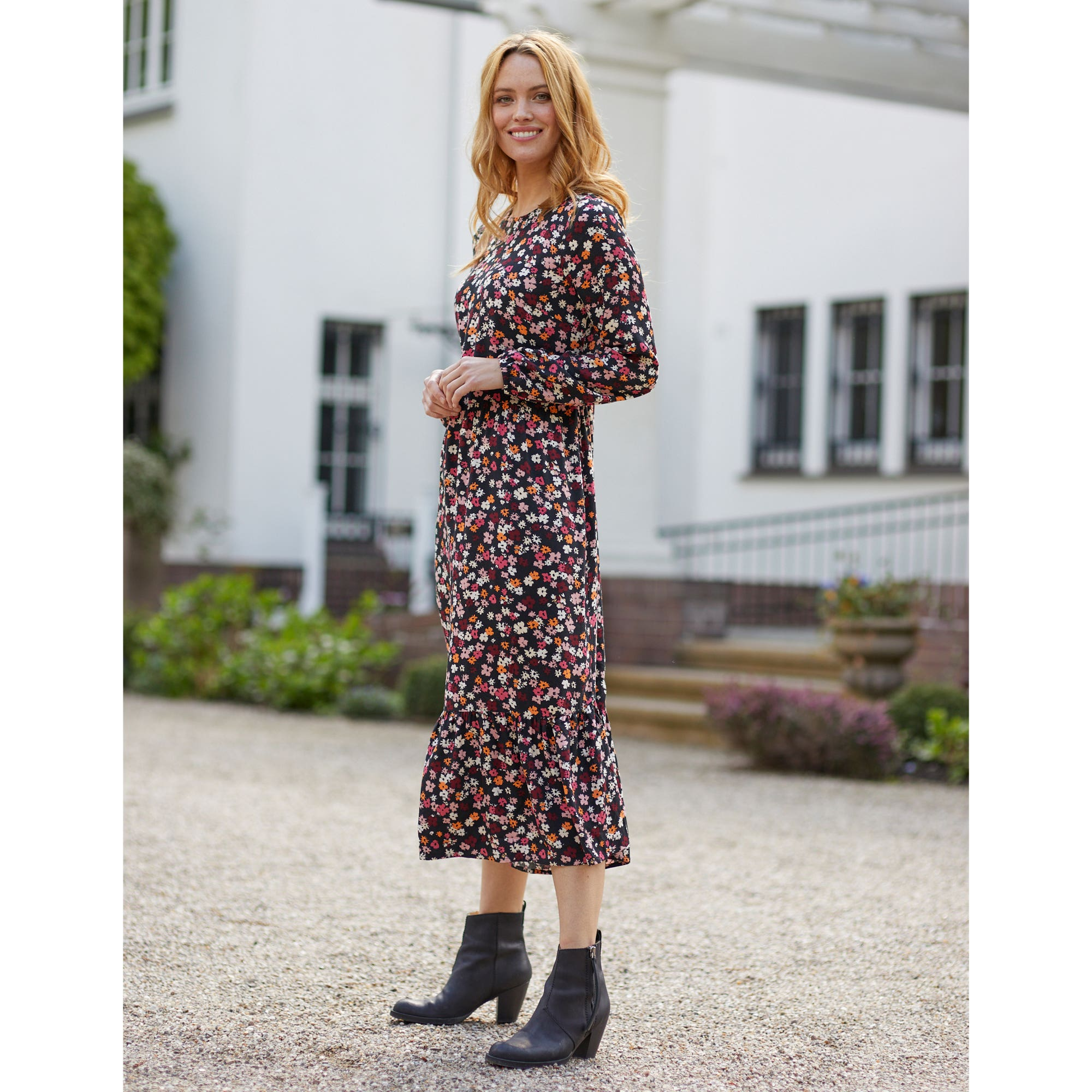 Damen Kleid mit Volant Saum