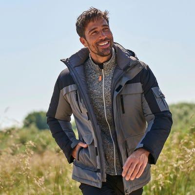 Herren-Outdoor-Jacke mit vielen Taschen